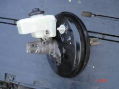 Цилиндр главный тормозной. Toyota Crown, GRS182 Двигатель 3GRFSE