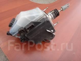 Цилиндр главный тормозной. Toyota Aristo, JZS160, JZS161 Двигатели: 2JZGE, 2JZGTE