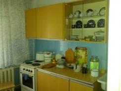 2-комнатная, Лазо ул 17. Центр, агентство, 56 кв.м. Кухня