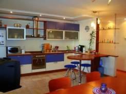 3-комнатная, Дзержинского ул 4. Центральный, агентство, 110 кв.м. Кухня
