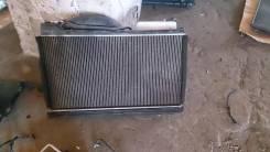 Радиатор охлаждения двигателя. Toyota Progres, JCG10 Двигатель 1JZFSE