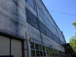 Производственное, складское помещение 2 речка. 1 240 кв.м., улица Бородинская 20, р-н Вторая речка. Дом снаружи