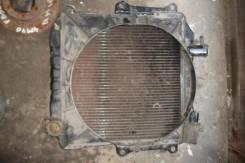 Радиатор охлаждения двигателя. Nissan Atlas, ED33