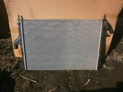 Радиатор охлаждения двигателя. Renault Duster