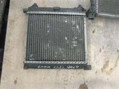 Радиатор охлаждения двигателя. Mercedes-Benz C-Class