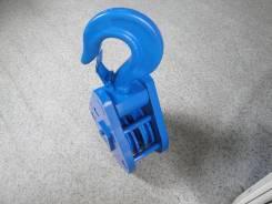 Крюк буксировочный. Kato Tadano Mazda Unic