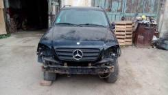 Mercedes-Benz ML-Class. 163