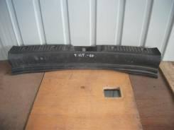 Накладка на дверь багажника. Toyota ist, NCP60 Двигатель 2NZFE