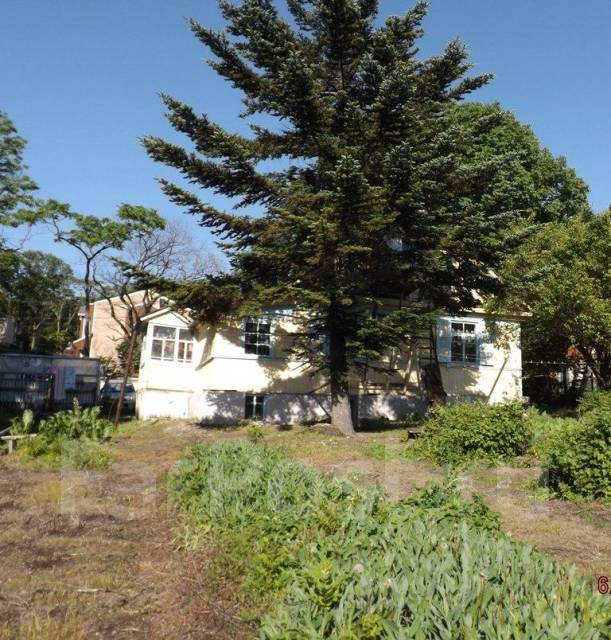 Продается дом с адресом и с земельным участком на Весенней. Улица Восточная 3-я, р-н Весенняя, площадь дома 61кв.м., скважина, отопление твердотопли...