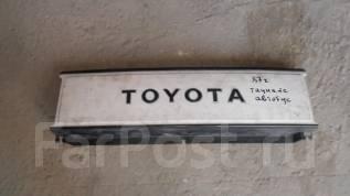 Решетка радиатора. Toyota Town Ace, YR20 Двигатель 2Y
