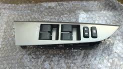 Кнопка стеклоподъемника. Toyota Land Cruiser, UZJ200 Двигатель 2UZFE