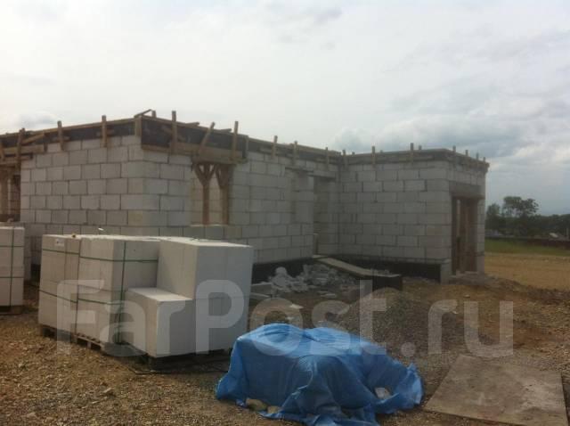 Строительные работы: фундамент, монолит, каменщики, штукатурка.