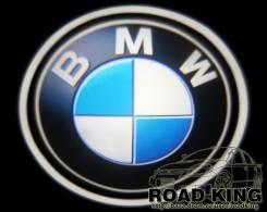 Лазерная проекция логотипа под двери авто BMW № 007
