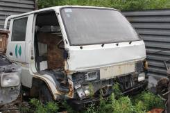 Toyota Hiace. 2L