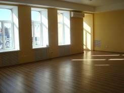 Сдаем в аренду офис в центре города. 80 кв.м., улица Светланская 23, р-н Центр. Интерьер