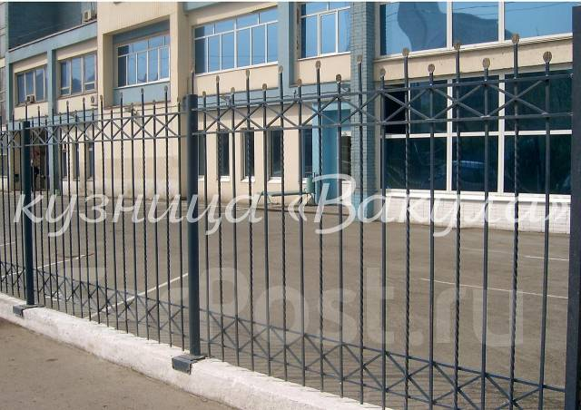 Художественая ковка: балконы, оконные решетки, ворота, козырьки