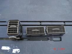 Решетка вентиляционная. Mitsubishi Challenger, K99W Двигатели: 6G74, GDI