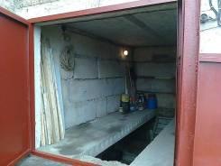 Продам капитальный гараж в районе Луговой. Адмирала Кузнецова ул. 84, р-н Луговая, 33,0кв.м., электричество, подвал.