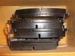 Колодка тормозная. Nissan Laurel, HC34GC34 Двигатели: RB20DET, RB20DT, RB20D, RB20DE, RB20E, RB20