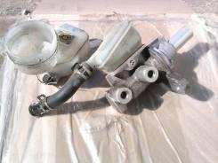 Цилиндр главный тормозной. Toyota bB, QNC20, QNC25, QNC21 Двигатели: 3SZVE, K3VE