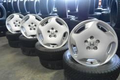 Продается комплект оригинальных литых дисков Honda Odyssey R17 #546. 7.0x17, 5x114.30, ET55