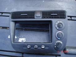 Консоль панели приборов. Honda Stepwgn, RF3 Двигатель K20A