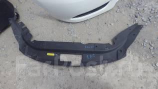 Дефлектор радиатора. Nissan Bluebird Sylphy, TB17