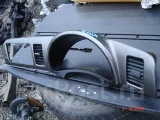 Консоль панели приборов. Toyota Wish, ANE10 Двигатель 1AZFSE