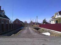 Земля ИЖС в подмосковье. Участок в деревне с коммуникациями. 1 200 кв.м., собственность, электричество, вода, от частного лица (собственник)