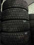 Goodyear Ice Navi NH. Зимние, без шипов, износ: 10%, 4 шт