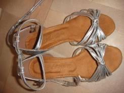 Туфли бальные. 27
