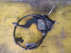 Педаль ручника. Nissan Presage, TU30 Двигатель QR25DE