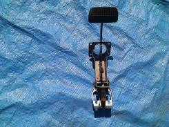 Педаль тормоза. Subaru Legacy B4, BL9, BLE, BL5 Subaru Outback, BP9, BPE Subaru Legacy, BLE, BP5, BP9, BL5, BL9, BPE Двигатели: EJ20X, EJ204, EJ25, EZ...