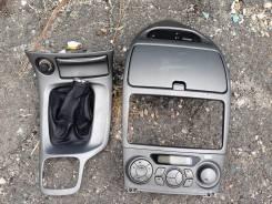 Консоль магнитолы и кпп Celica 231. Toyota Celica