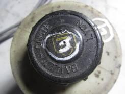 Крышка бачка гидравлического усилителя руля. Renault Duster
