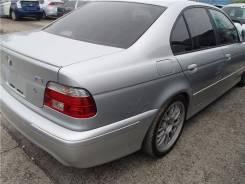 Задняя часть автомобиля. BMW 5-Series, E39 Двигатель M54