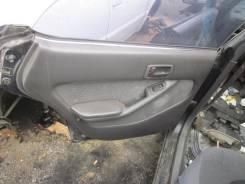 Обшивка крышки багажника. Toyota Vista, SV30 Двигатель 4SFE