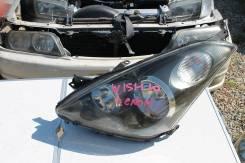 Фара. Toyota Wish