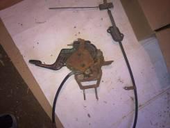 Продам педаль ручника с тросом нисанн цэфиро 98г. Nissan Cefiro, A32 Двигатель VQ20DE