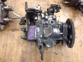 Топливный насос высокого давления. Nissan Datsun Двигатель TD23
