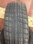 Bridgestone ST30. Зимние, без шипов, 2010 год, износ: 30%, 2 шт