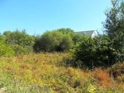 Продаю земельный участок в п. Прохладное. 1 500 кв.м., собственность, электричество, от агентства недвижимости (посредник)