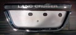 Накладка на дверь. Toyota Land Cruiser, J100, HDJ100, FZJ100, HDJ100L, UZJ100L, UZJ100W, UZJ100, GRJ76K, VDJ200, J200, URJ202, GRJ79K, URJ202W Двигате...