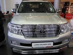 Молдинг решетки радиатора. Toyota Land Cruiser