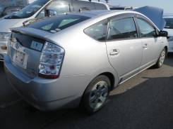 Балка поперечная. Toyota Prius, NHW20