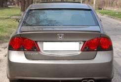 Спойлер на заднее стекло. Honda Civic