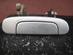 Ручка двери внешняя. Mazda Premacy, CPEW, CP8W Двигатели: FSDE, FPDE, FSZE