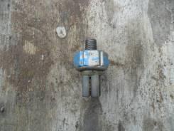 Датчик давления масла. Nissan Laurel, HC33 Двигатель RB20E