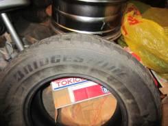 Bridgestone Ice Cruiser. Зимние, шипованные, 70%, 2 шт