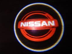 Беспроводная лазерная проекция логотипа в двери Nissan